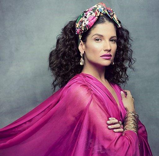 Natalia Jimenez cantante de La Quinta Estación